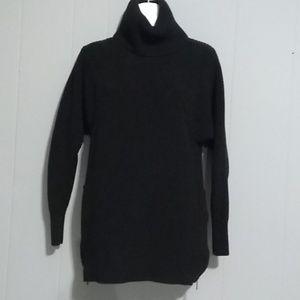Banana Republic  turtleneck sweater Size XS